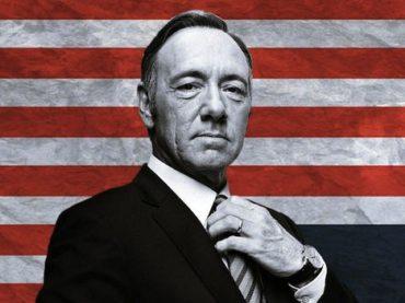 House of Cards: il viscido politico che diventa idolo delle folle (dal vicino di casa a Barack Obama)