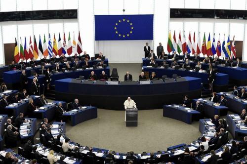 Il discorso di Papa Francesco al Parlamento Europeo (foto Lapresse)