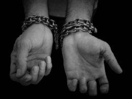 La tortura c'è, manca solo il reato