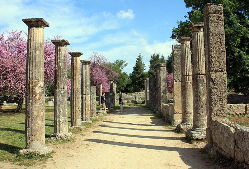 Antiche rovina della palestra di Olimpia