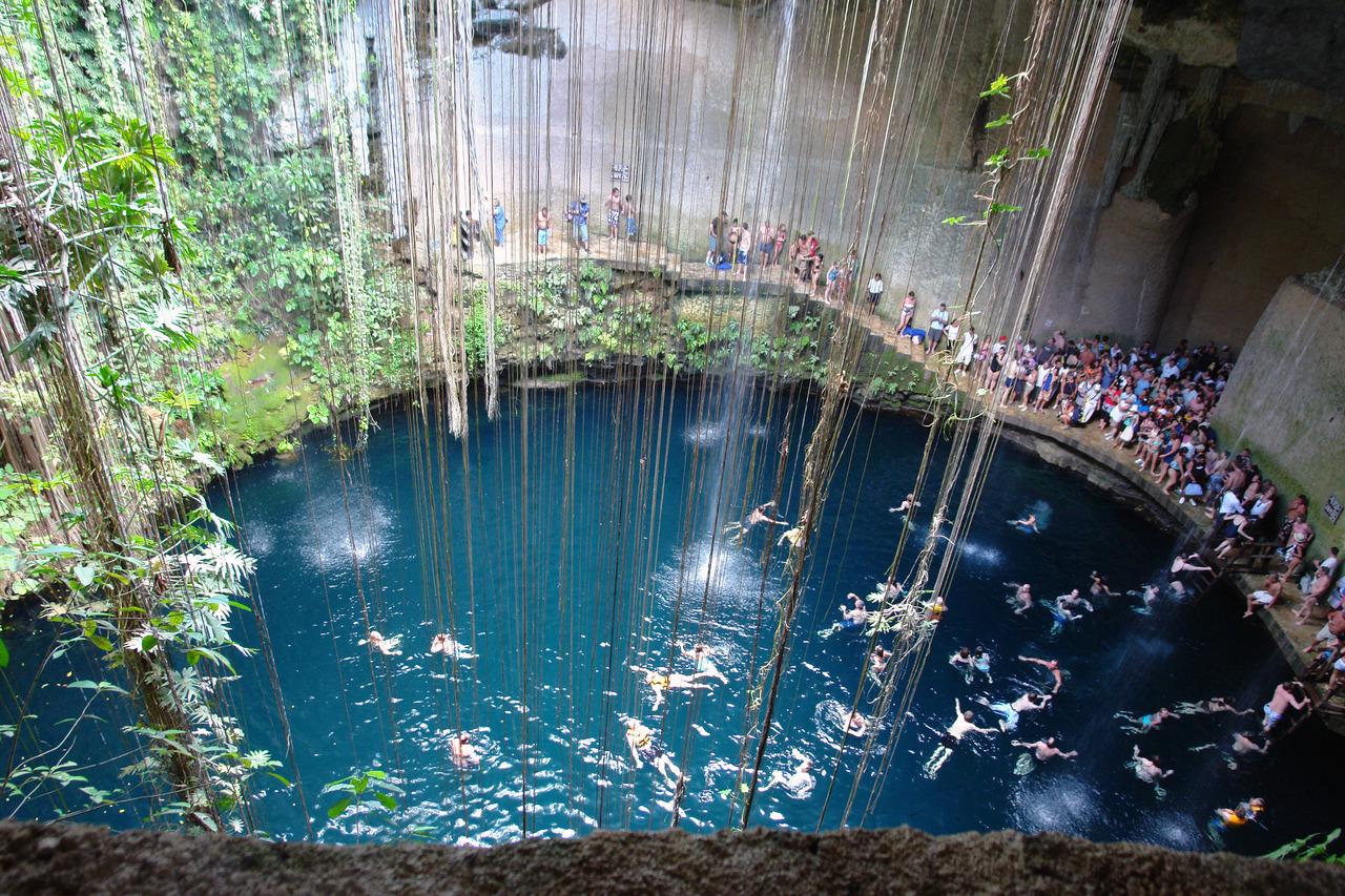 """Il """"Cenote"""" di Chichen Itza"""