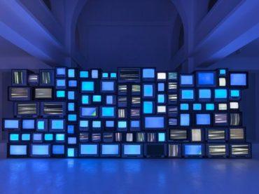 La televisione moderna in Italia non esiste