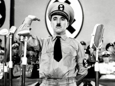 Sean Spicer: come la reductio ad Hitlerum sbarca nelle istituzioni