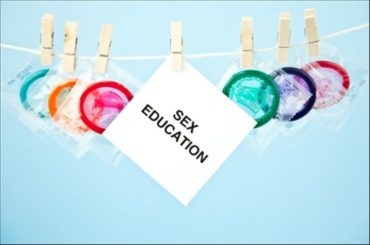 Arriva Kondom: preservativi, sex toys ed un po' di educazione
