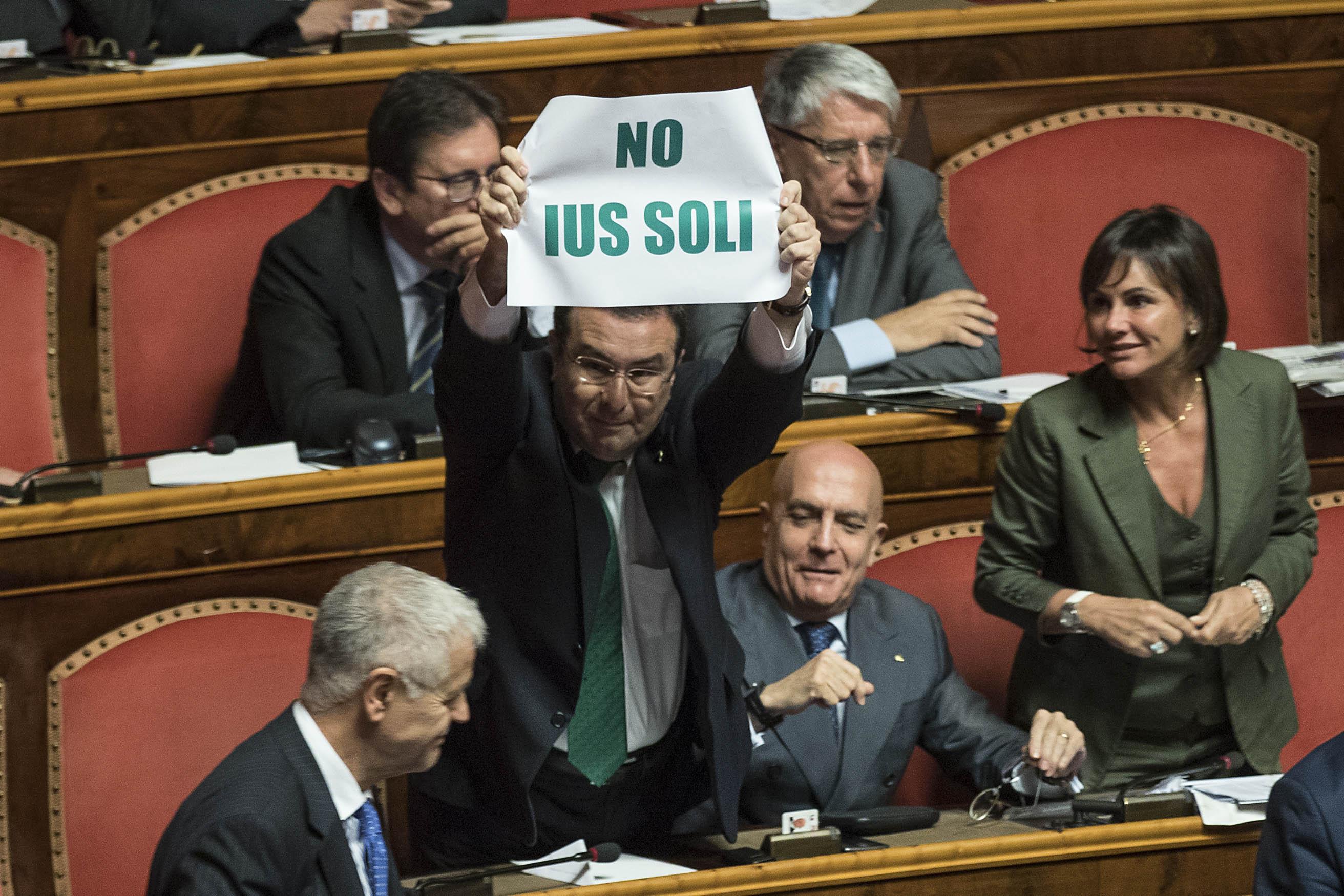 Parlamentari (leghisti) contrari allo Ius Soli; una tristezza che chi è contrario a tale meccanismo di cittadinanza sia accomunato a tali persone