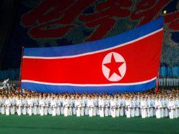 Kim vs ONU: il Gigante e la bambina