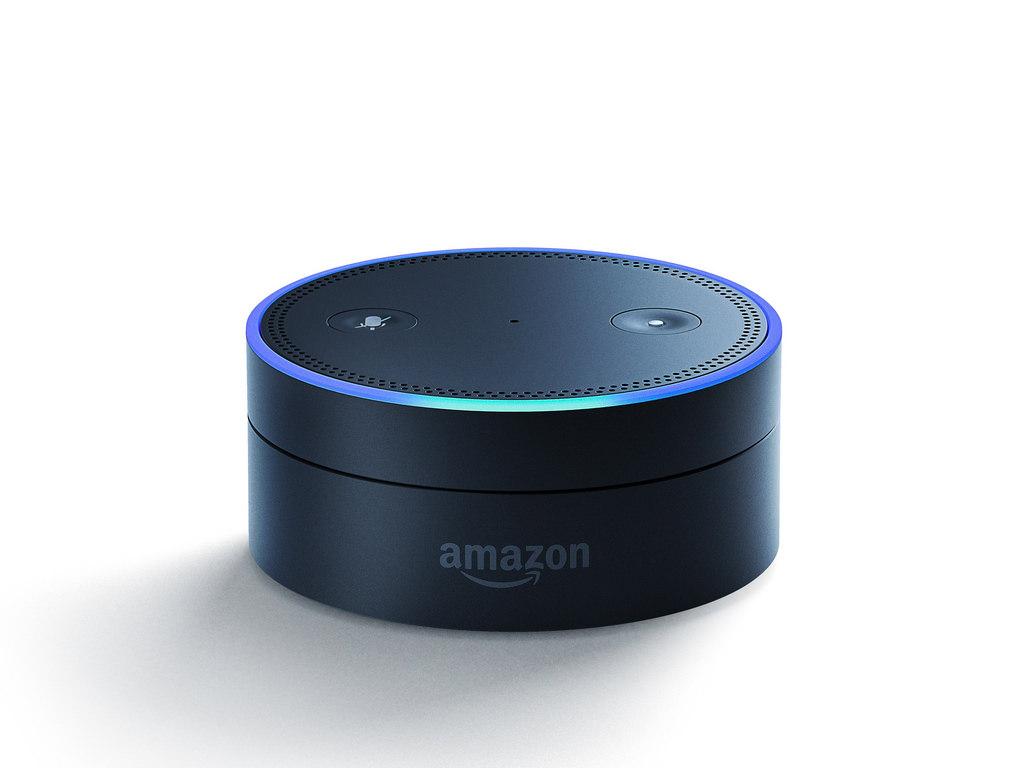 Lo speaker Amazon Echo