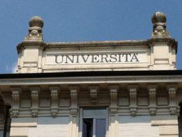 Suicidi universitari: cosa c'è dietro questo fenomeno?