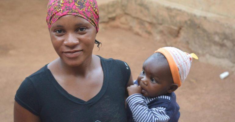 Tanzania: ragazze madri obbligate a non andare a scuola per punizione