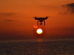 Lifeguard drone: addio Baywatch, benvenuto drone-bagnino