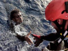 Immigrazione: il dramma raccontato da chi l'ha vissuto
