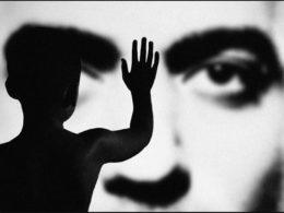 Persona: l'album che squarcia il velo di Maya