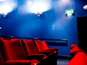 Aspettando il grande schermo: 5 film del cuore che fanno bene alla mente