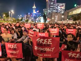 La democrazia interrotta di Hong Kong